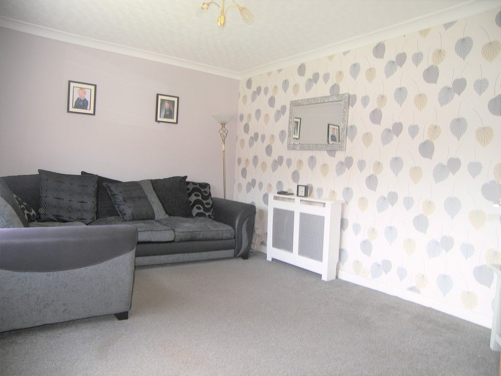 3 bed house for sale in Roman Way, Neath 2