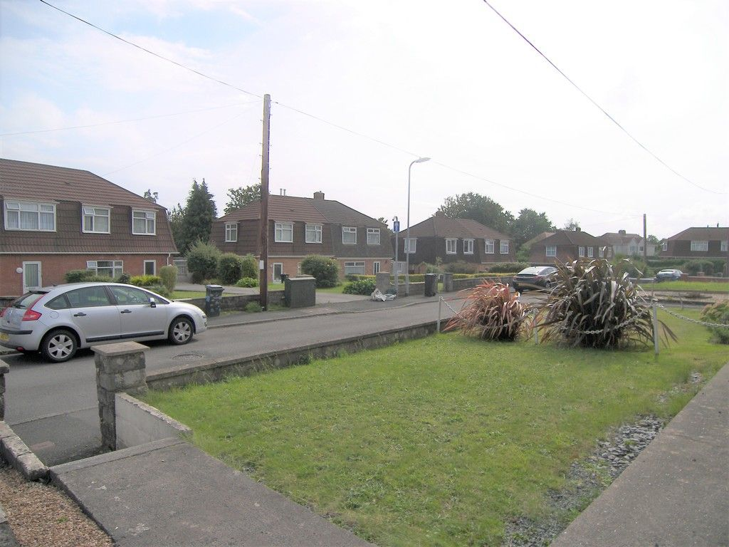 3 bed house for sale in Roman Way, Neath 17