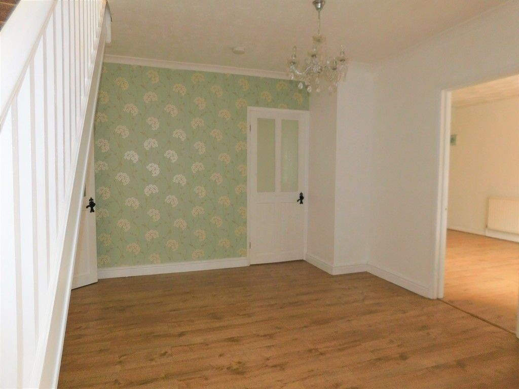 4 bed house for sale in School Road, Crynant, Neath 3