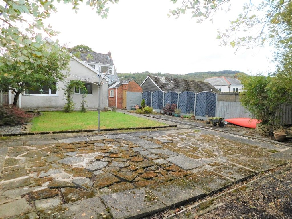 4 bed house for sale in School Road, Crynant, Neath 22