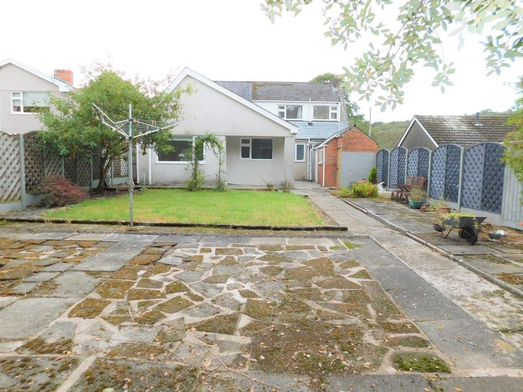 4 bed house for sale in School Road, Crynant, Neath  - Property Image 23