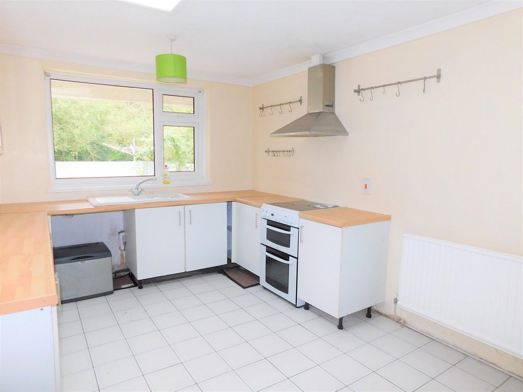 4 bed house for sale in School Road, Crynant, Neath 8