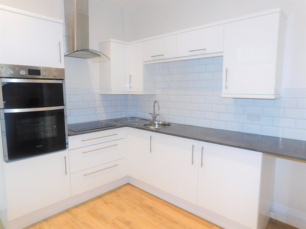 3 bed house for sale in Llantwit Road, Neath  - Property Image 2