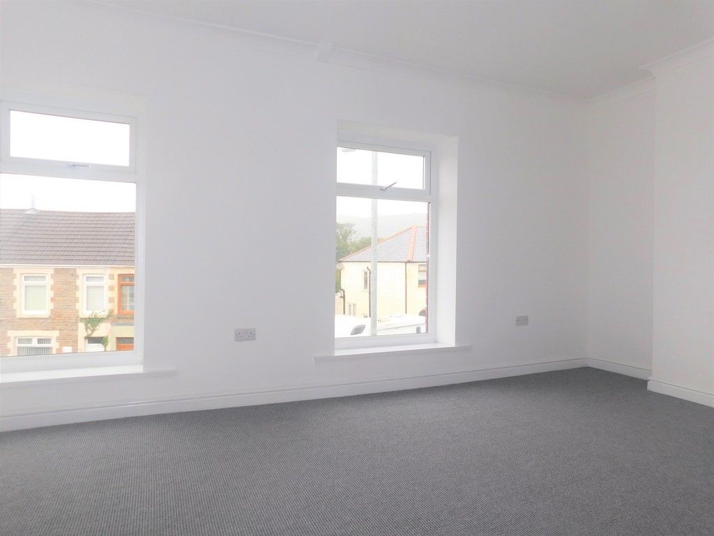 3 bed house for sale in Llantwit Road, Neath  - Property Image 12