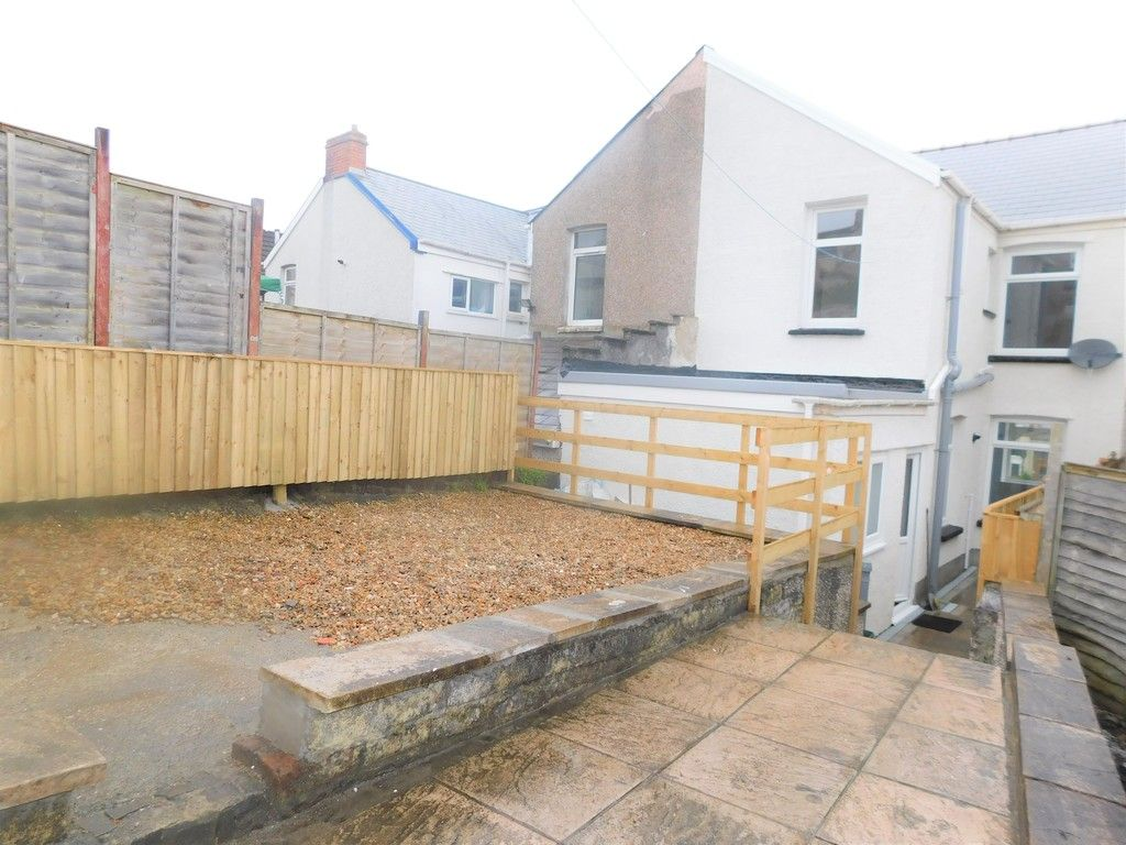 3 bed house for sale in Llantwit Road, Neath 16