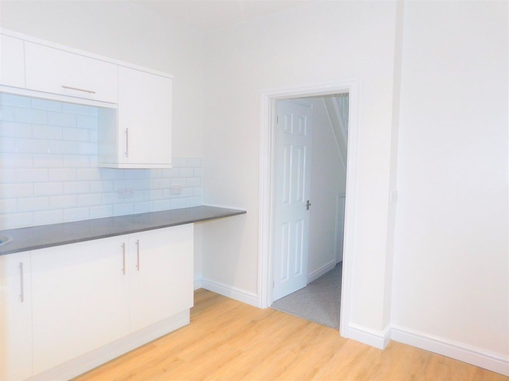 3 bed house for sale in Llantwit Road, Neath  - Property Image 4