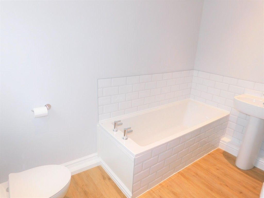 3 bed house for sale in Llantwit Road, Neath  - Property Image 8
