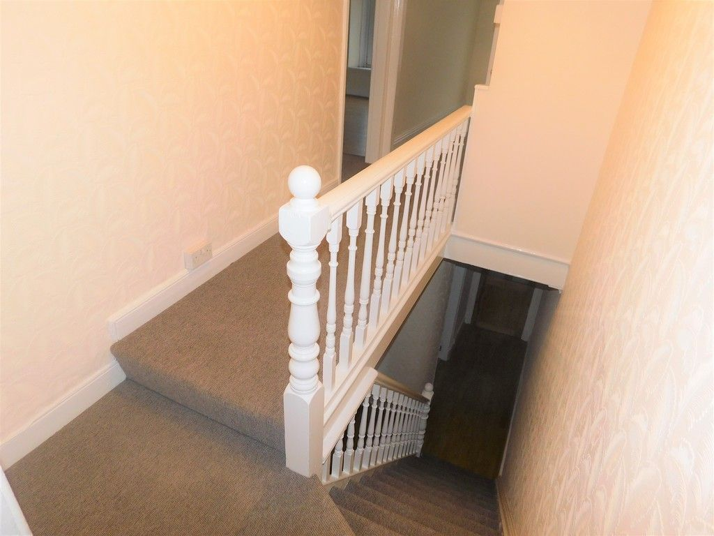 3 bed house to rent in Cimla Road, Neath 7