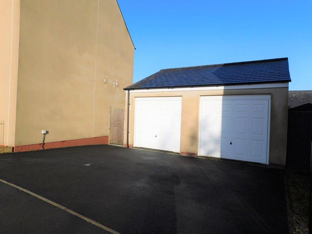 4 bed house for sale in Pen Y Graig, Llandarcy, Neath 20
