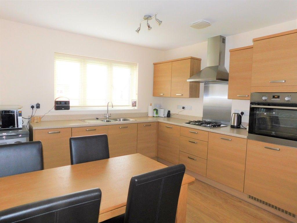 4 bed house for sale in Pen Y Graig, Llandarcy, Neath 5