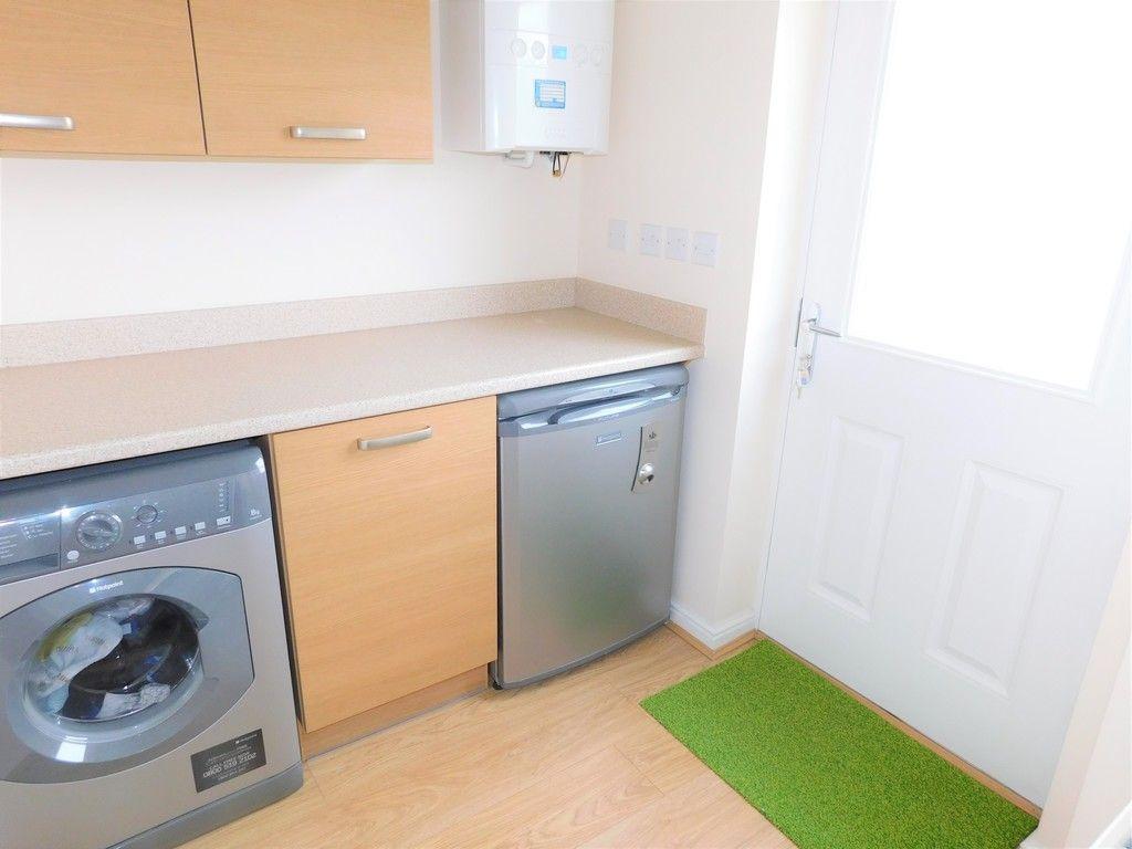 4 bed house for sale in Pen Y Graig, Llandarcy, Neath 7