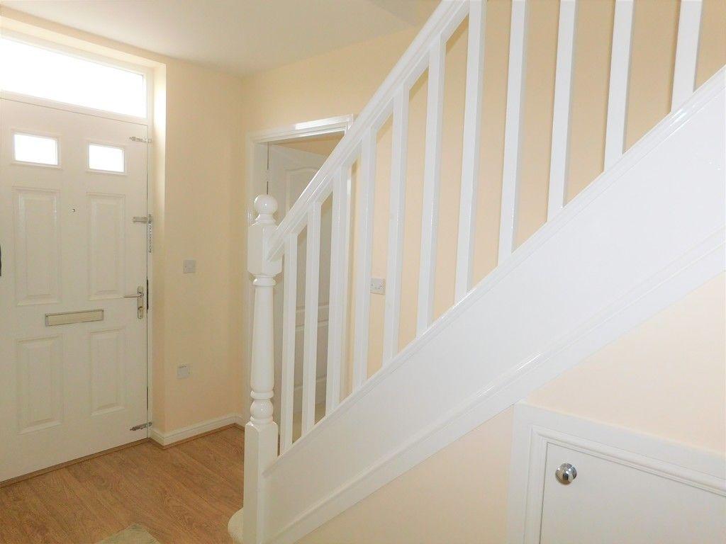 4 bed house for sale in Pen Y Graig, Llandarcy, Neath 9