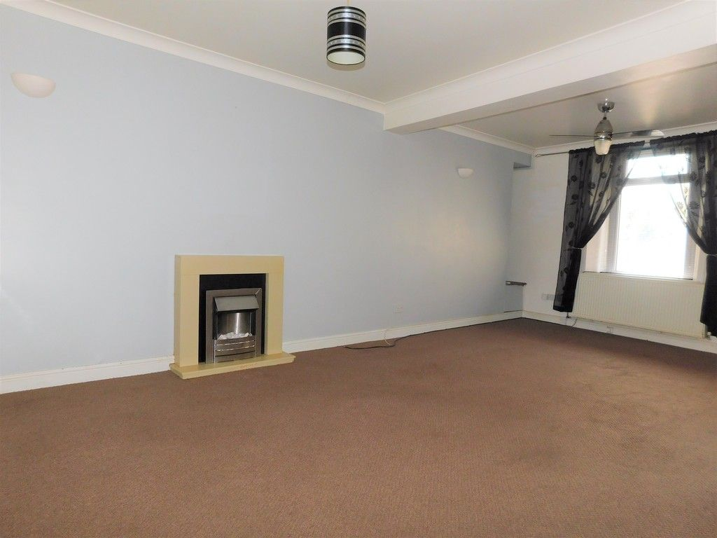 2 bed house for sale in Richmond Street, Neath 3