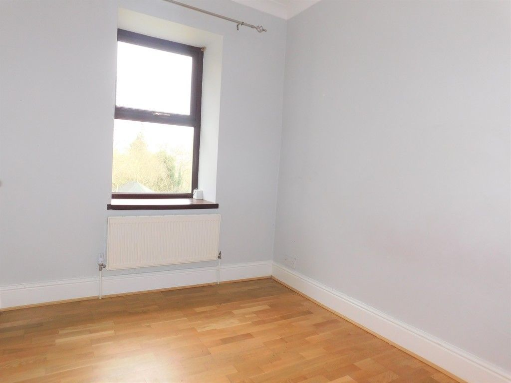 4 bed house for sale in Davies Road, Pontardawe, Swansea  - Property Image 11