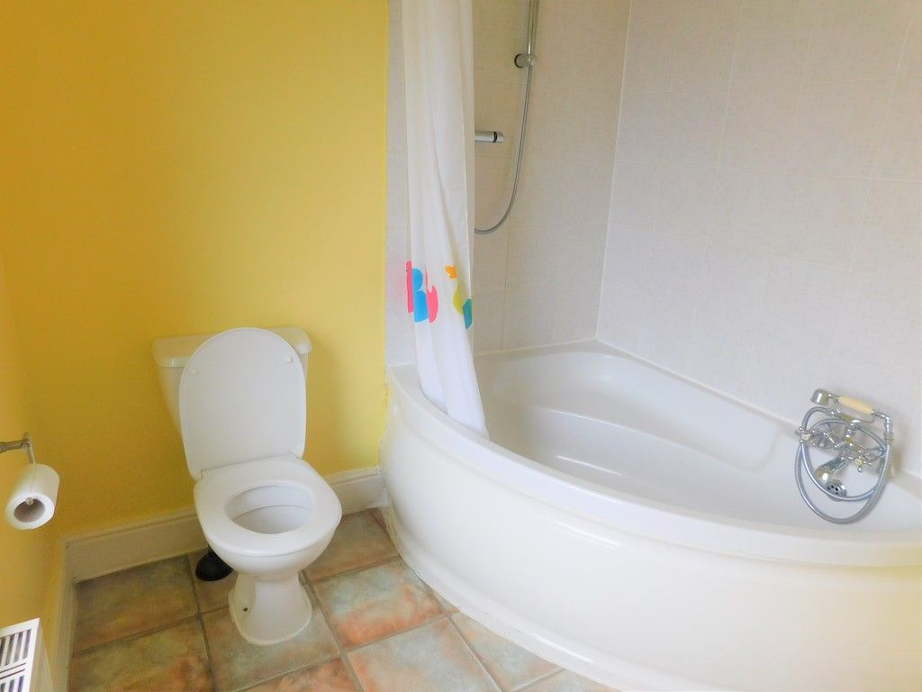 4 bed house for sale in Davies Road, Pontardawe, Swansea  - Property Image 13