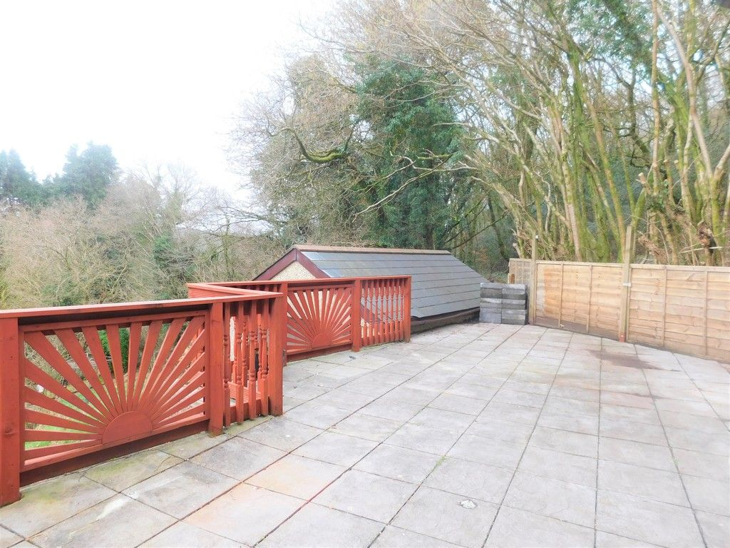 4 bed house for sale in Davies Road, Pontardawe, Swansea  - Property Image 17