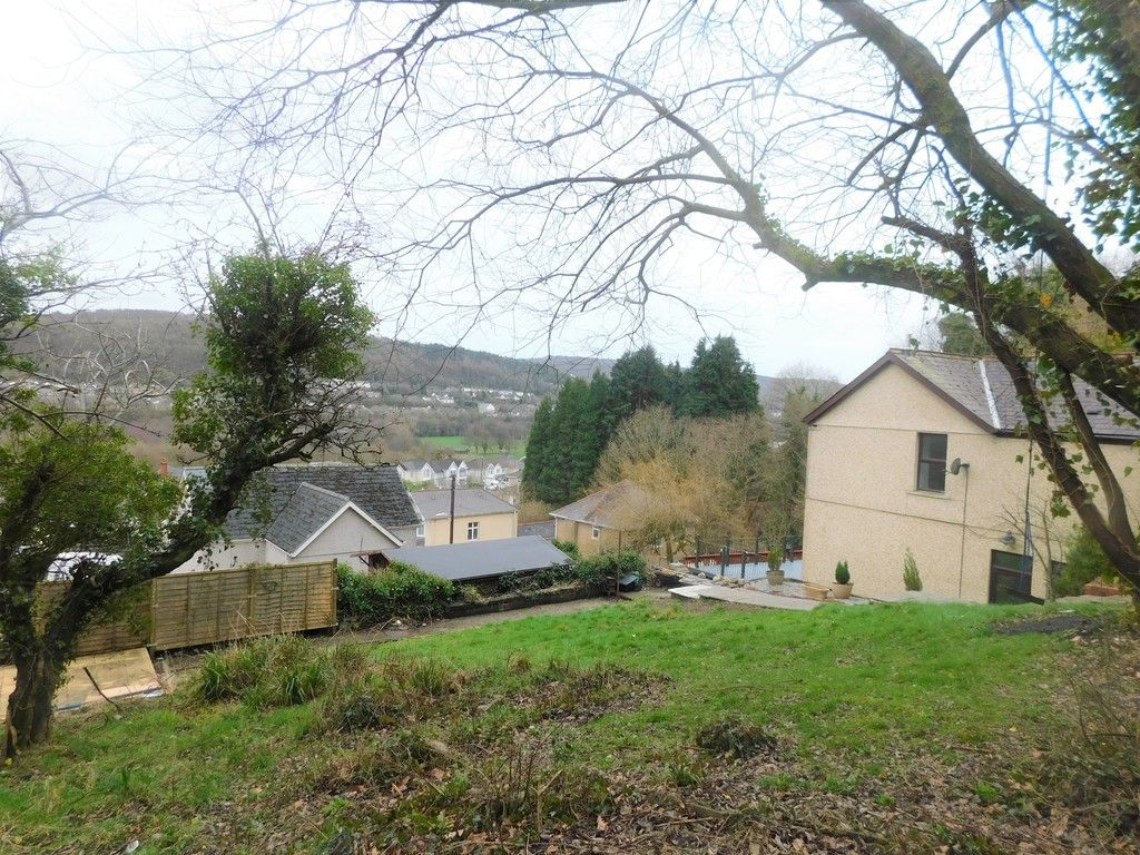 4 bed house for sale in Davies Road, Pontardawe, Swansea  - Property Image 20