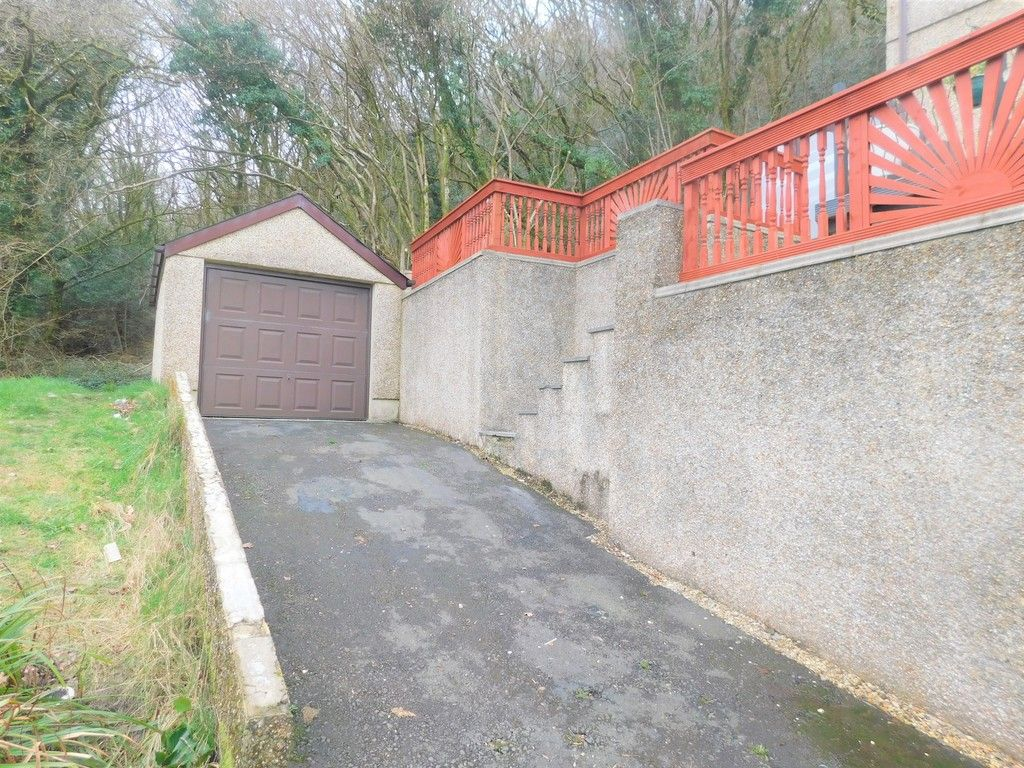 4 bed house for sale in Davies Road, Pontardawe, Swansea  - Property Image 25