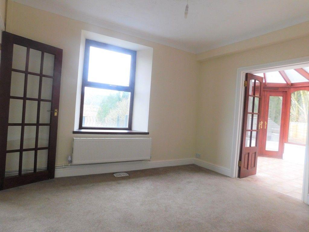 4 bed house for sale in Davies Road, Pontardawe, Swansea 6