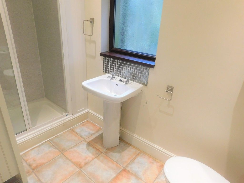 4 bed house for sale in Davies Road, Pontardawe, Swansea  - Property Image 9