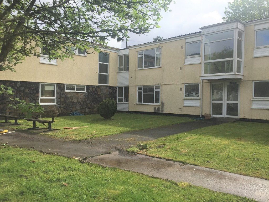 1 bed flat to rent in Llys-yr-ynys, Resolven, Neath 2