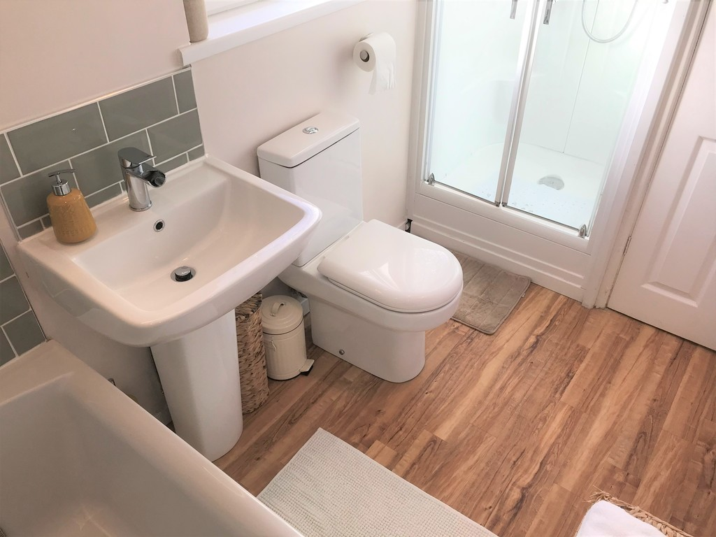 3 bed house for sale in Laburnum Avenue, Baglan, Port Talbot 17