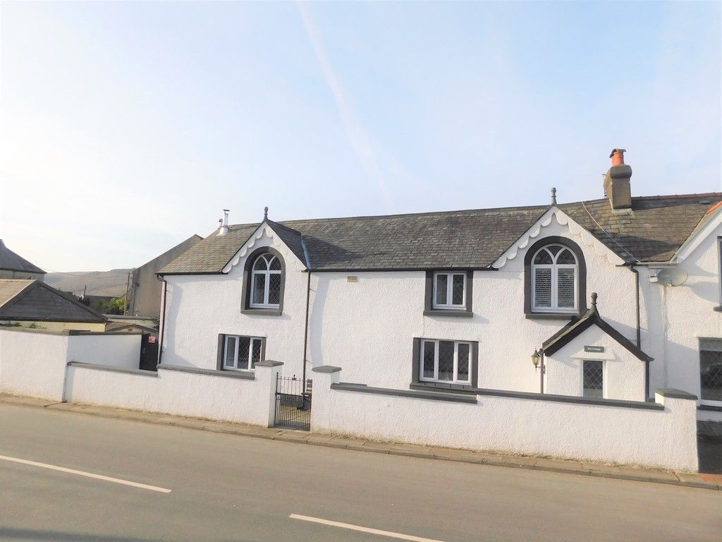 4 bed house for sale in Neath Road, Resolven, Neath, SA11