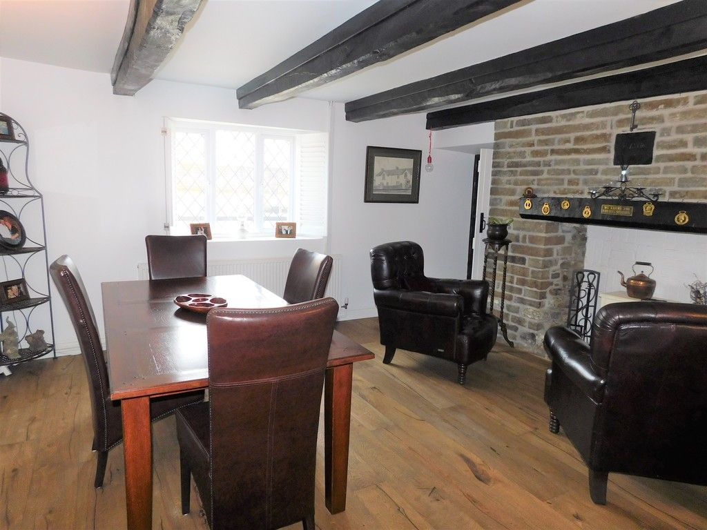 4 bed house for sale in Neath Road, Resolven, Neath  - Property Image 2