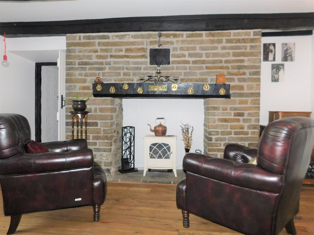 4 bed house for sale in Neath Road, Resolven, Neath 3