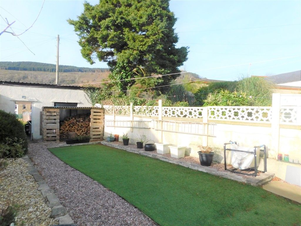 4 bed house for sale in Neath Road, Resolven, Neath 29
