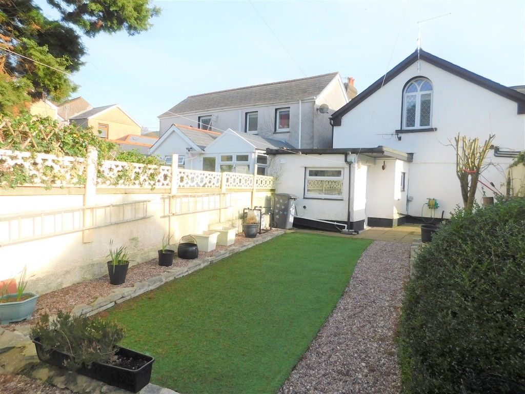 4 bed house for sale in Neath Road, Resolven, Neath 30