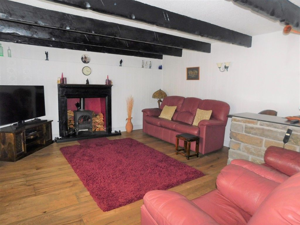 4 bed house for sale in Neath Road, Resolven, Neath 4