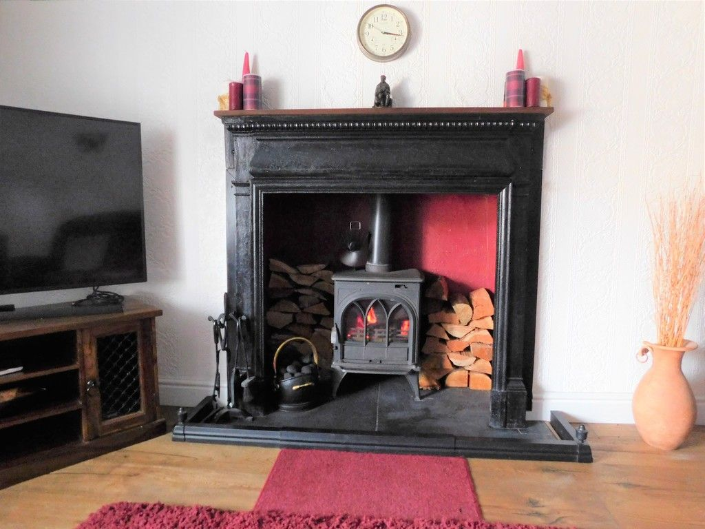 4 bed house for sale in Neath Road, Resolven, Neath 6