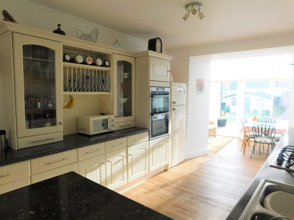 4 bed house for sale in Neath Road, Resolven, Neath 7