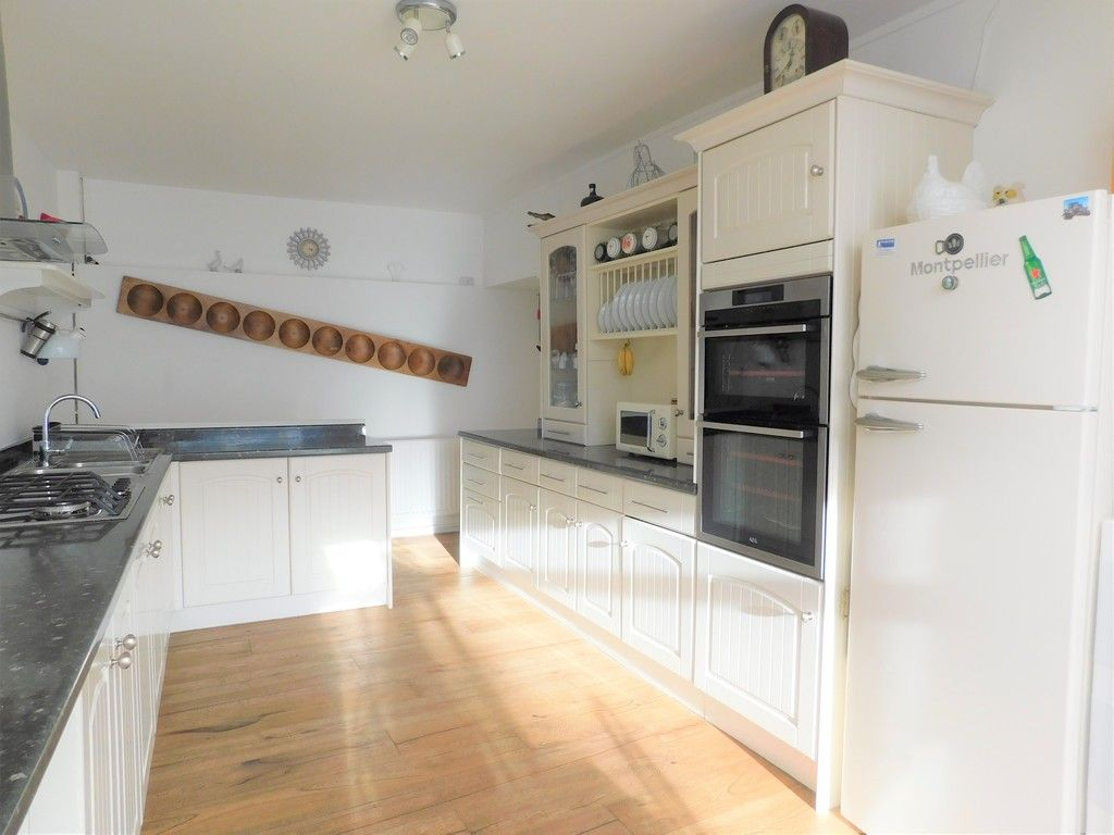 4 bed house for sale in Neath Road, Resolven, Neath 8