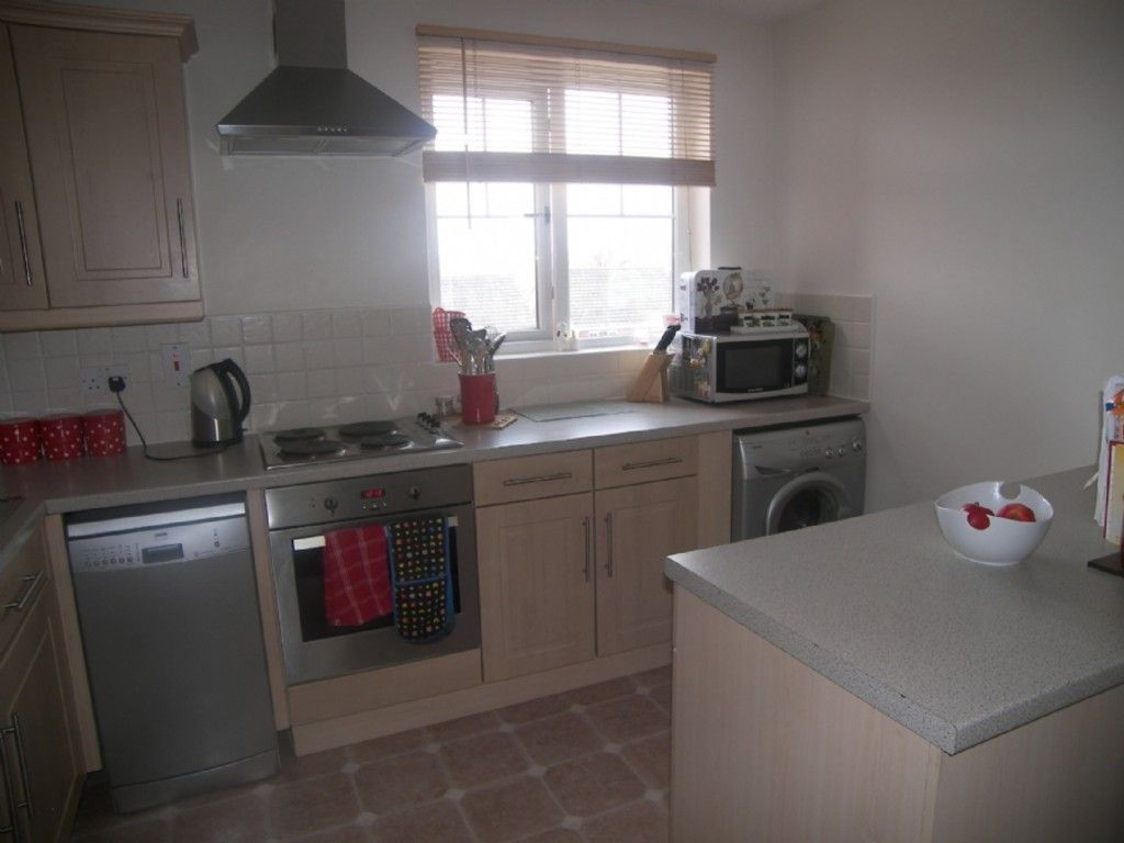 2 bed flat for sale in Edith Mills Close, Briton Ferry, Neath 3