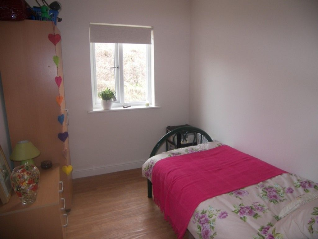 2 bed flat for sale in Edith Mills Close, Briton Ferry, Neath 5