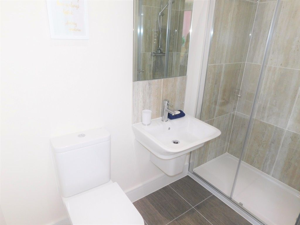 4 bed house to rent in Langdon Road, Swansea  - Property Image 14