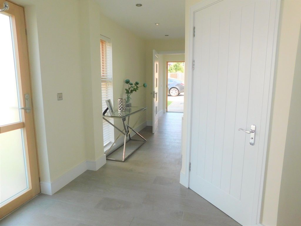 4 bed house to rent in Langdon Road, Swansea 22