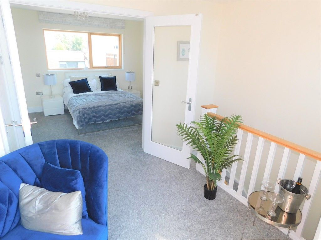 4 bed house to rent in Langdon Road, Swansea 10