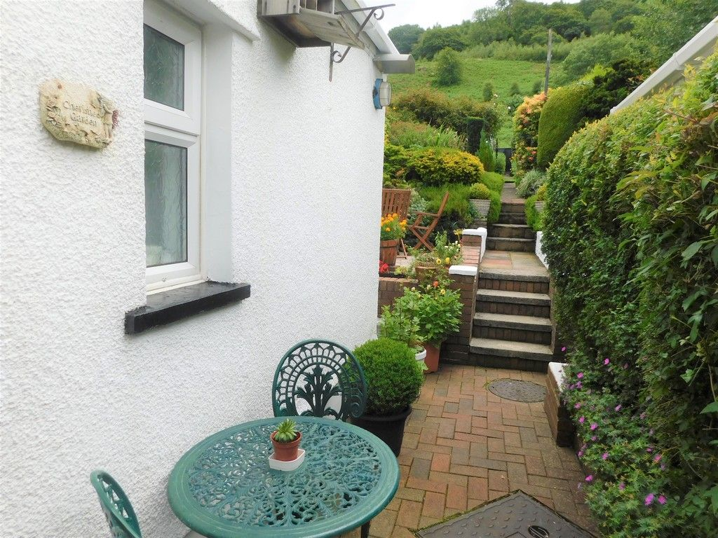 3 bed house for sale in Gored Cottages, Melincourt, Neath  - Property Image 24