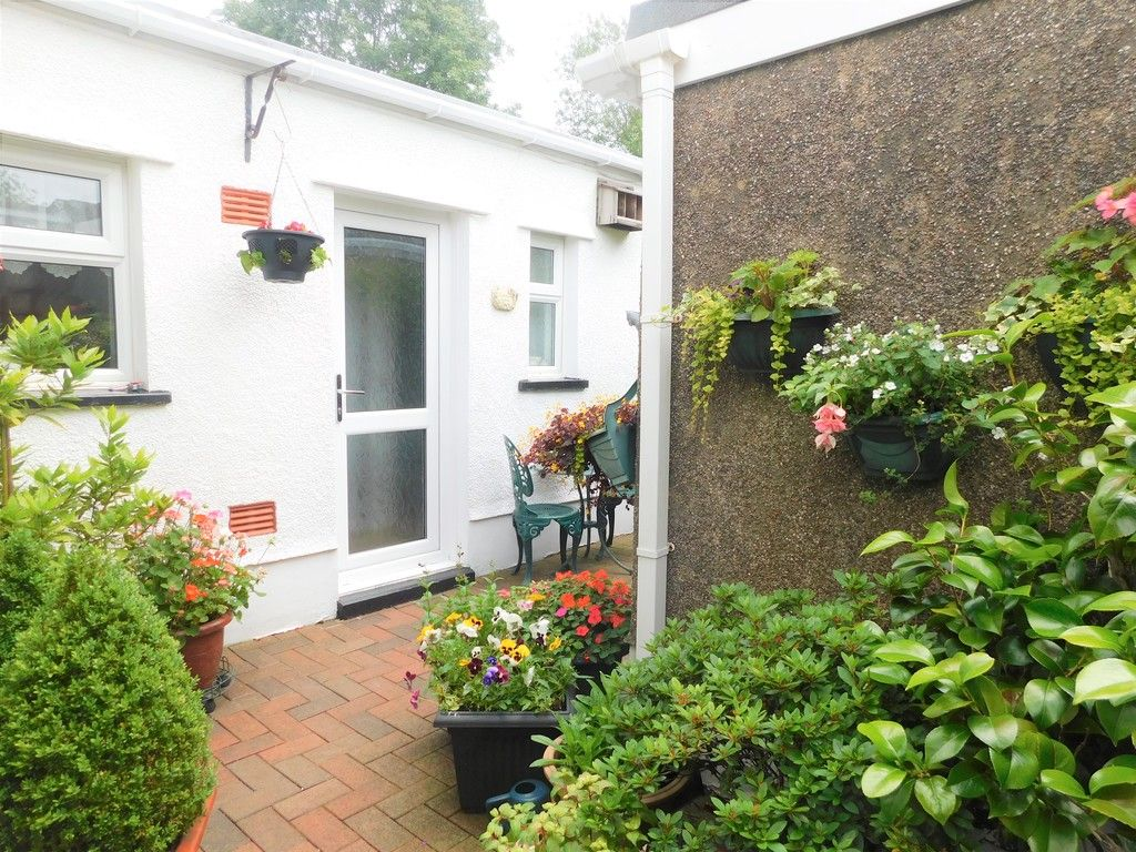 3 bed house for sale in Gored Cottages, Melincourt, Neath  - Property Image 25
