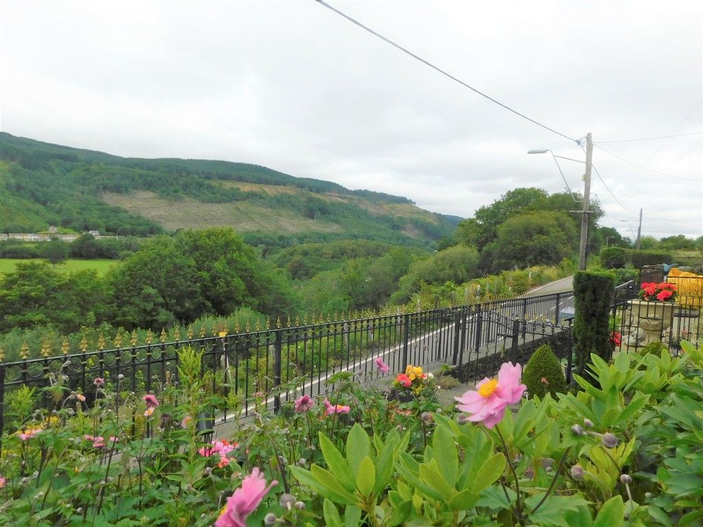 3 bed house for sale in Gored Cottages, Melincourt, Neath  - Property Image 27