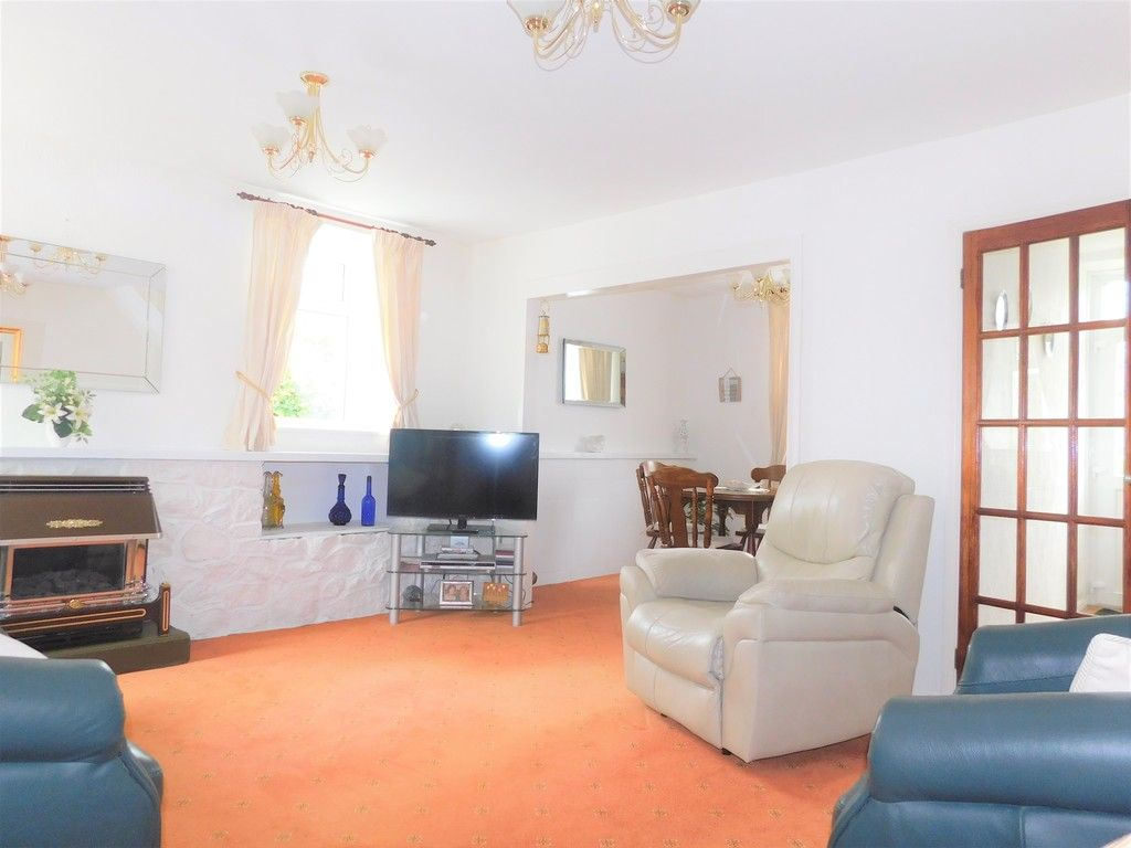 3 bed house for sale in Gored Cottages, Melincourt, Neath 5