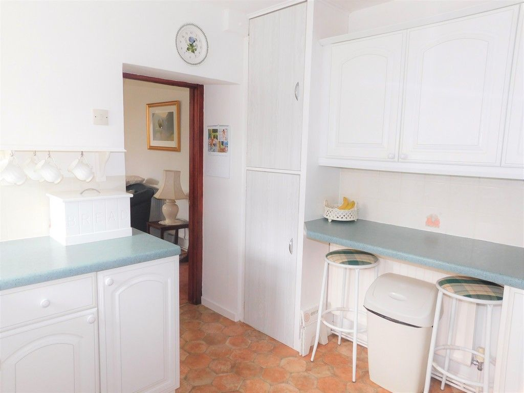 3 bed house for sale in Gored Cottages, Melincourt, Neath  - Property Image 8