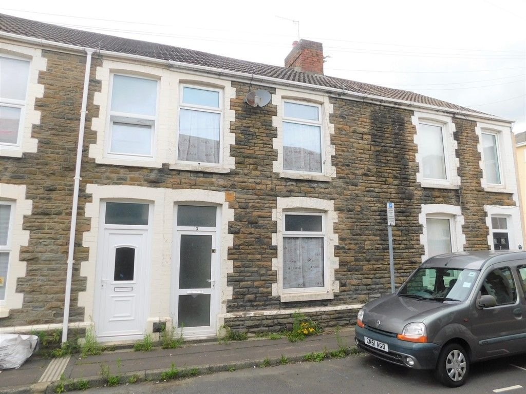 2 bed house for sale in Charles Street, Neath, SA11