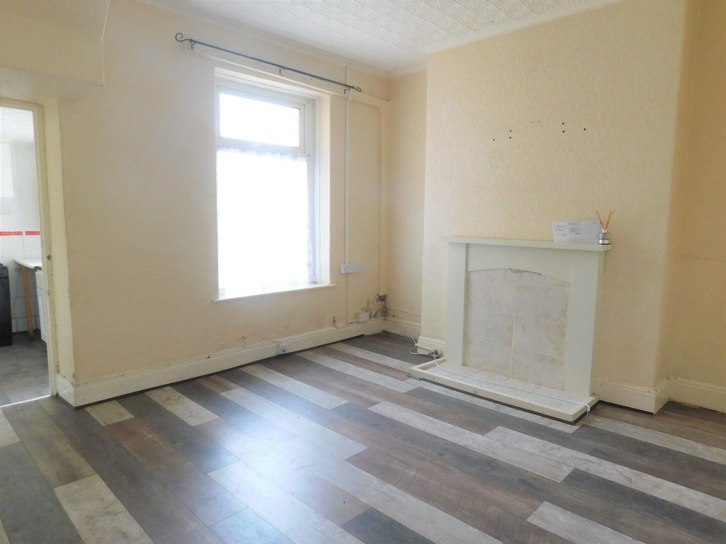 2 bed house for sale in Charles Street, Neath 2