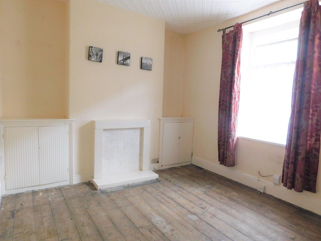 2 bed house for sale in Charles Street, Neath 3