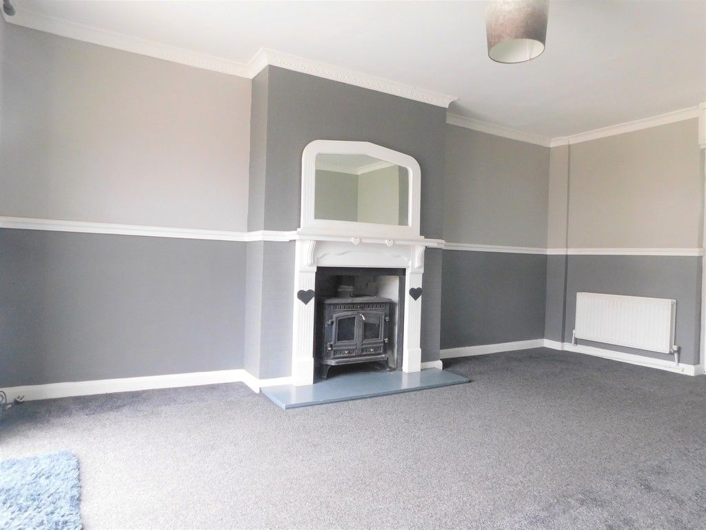 3 bed house for sale in Maes Y Pergwm, Glynneath, Neath 2
