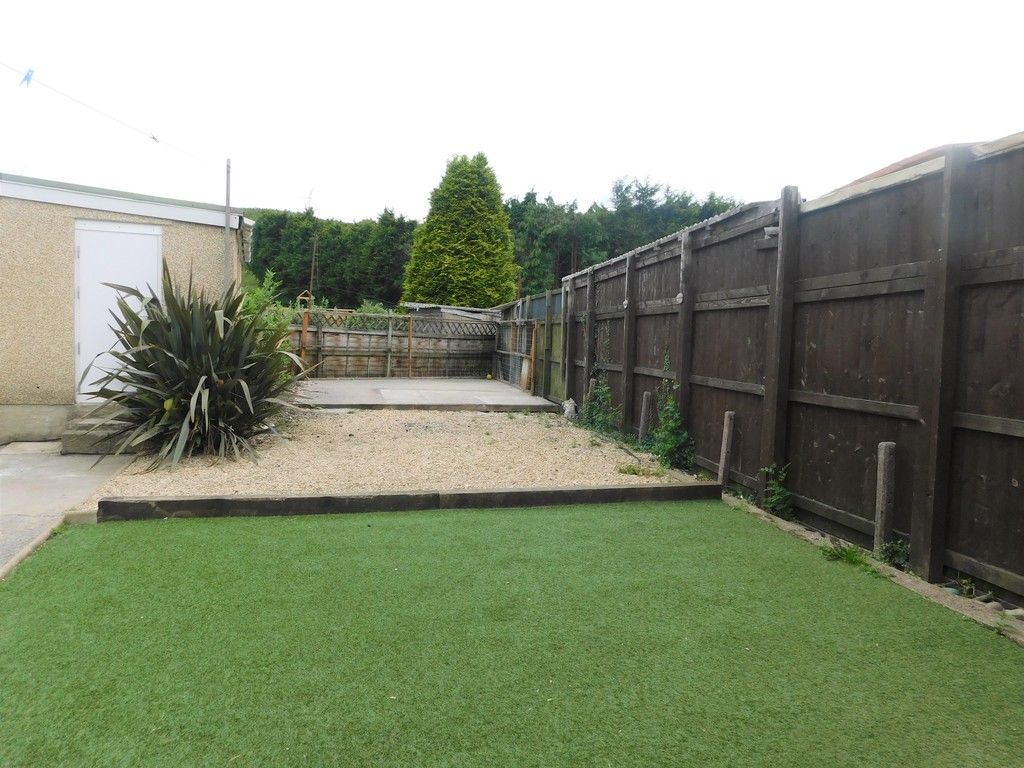 3 bed house for sale in Maes Y Pergwm, Glynneath, Neath 12